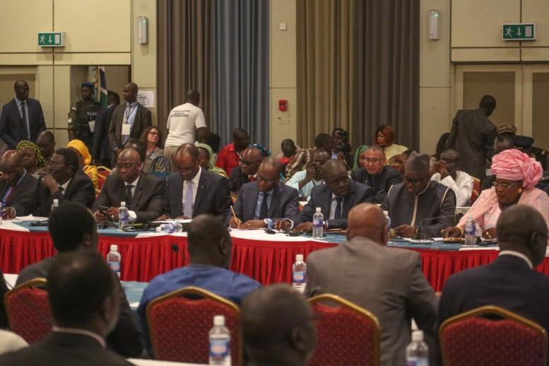 Banjul : premier Conseil présidentiel sénégalo-gambien présidé par Macky et Barrow