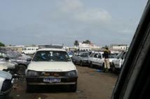 """Mbour : les chauffeurs de """"taxis clandos"""" exigent la baisse des taxes"""