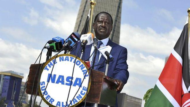 Odinga envisage une plainte contre Facebook