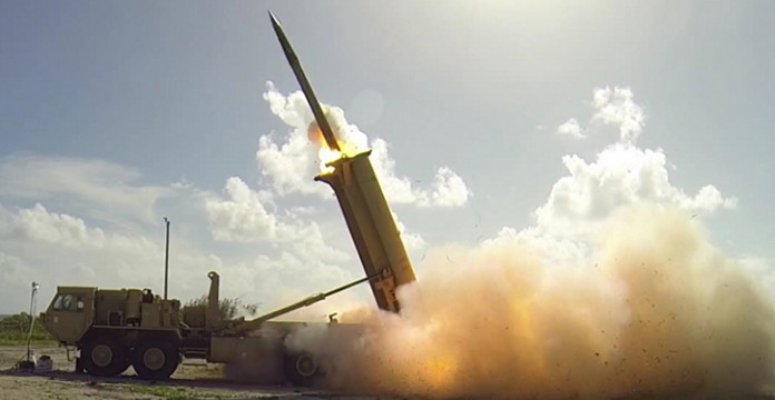 La défense anti-aérienne saoudienne a intercepté un missile balistique tiré par les houthis yéménites