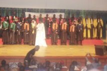 Cérémonie de graduation de l'UVS : Mary Teuw Niane annonce 4 milliards pour la construction de huit ENO.