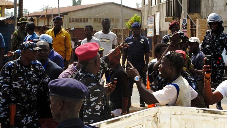 Sierra Leone: un second tour agité à Freetown, plusieurs arrestations