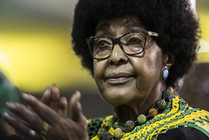 Afrique du Sud: mort de Winnie Mandela, l'ex-épouse de Nelson Mandela