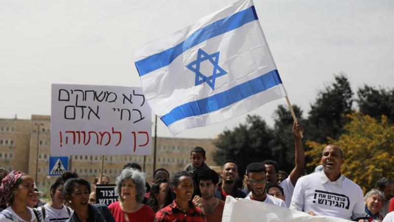 Migrants africains en Israël: la volte-face de Benyamin Netanyahu