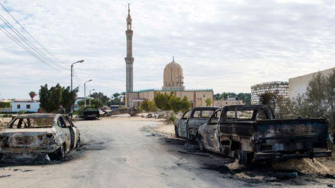 """Egypte : au moins 4 """"terroristes"""" tués dans le Sinaï"""
