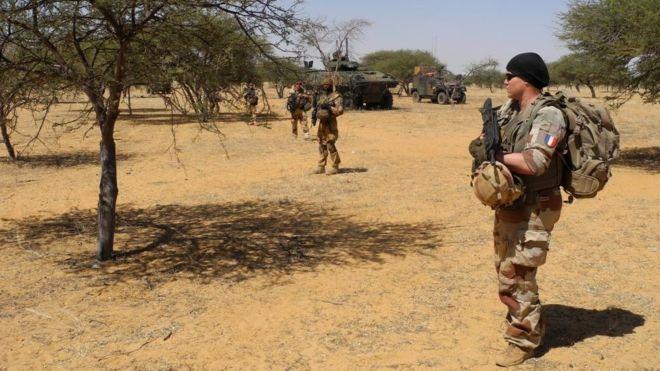 Mali : 5 djihadistes tués