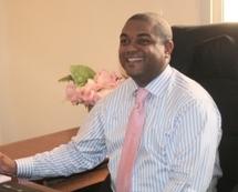 Le directeur de l'information de Africa 24 démissionne.
