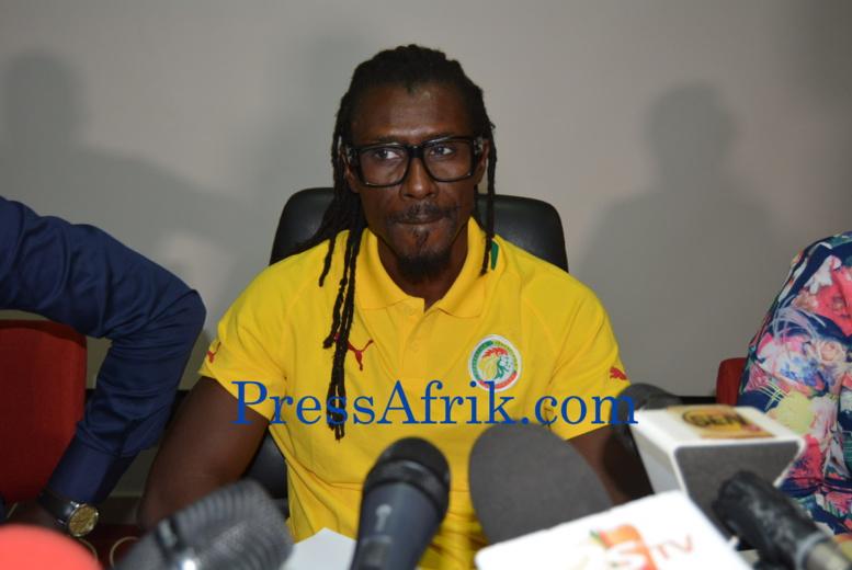 Sénégal : Aliou Cissé répond à Demba Ba