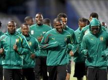 L'équipe nationale du Cameroun lors d'une session d'entraînement au stade Bloemfontein, à la veille du match qui les opposera au Japon. Jorge Silva/Reuters