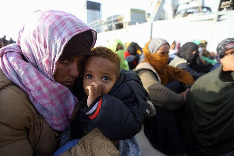 Libye: 11 migrants morts en mer, 263 secourus