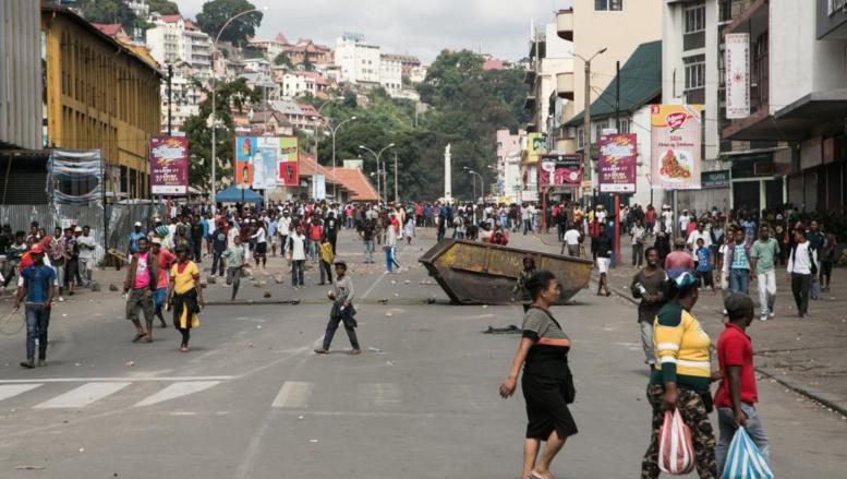 Tensions à Madagascar: nouvelle mobilisation, l'opposition se fédère