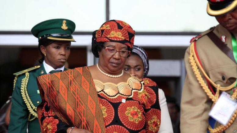 Joyce Banda, l'ex-présidente du Malawi, va rentrer