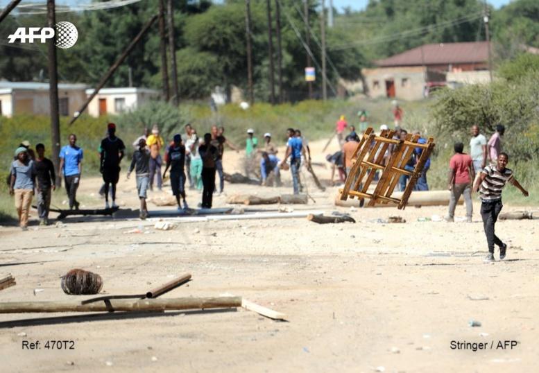 Afrique du Sud : un adolescent tué dans les manifestations