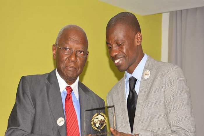 Promotion des infrastructures routières en Afrique : Uhuru Kenyatta remporte le trophée Babacar Ndiaye 2018
