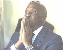 Wade se rappelle de l' alternance devant les parlementaires francophones en présence de Diouf.
