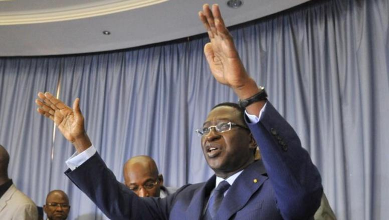 Présidentielle au Mali: le chef de l'opposition Soumaïla Cissé investi candidat