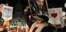 L'Argentine légalise le mariage homosexuel