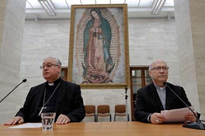 Pédophilie : tous les évêques chiliens remettent leur démission au pape