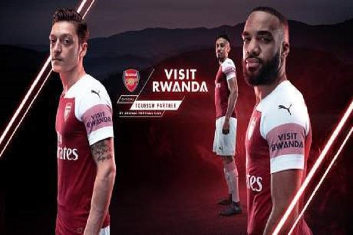 Premier League : Paul Kagame signe un contrat de publicité avec Arsenal