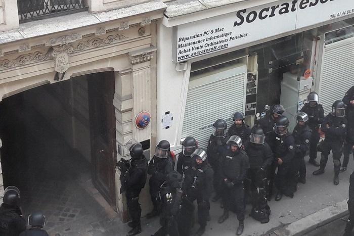 En Direct-Prise d'otages en cours à Paris dans le Xe arrondissement, le quartier bouclé