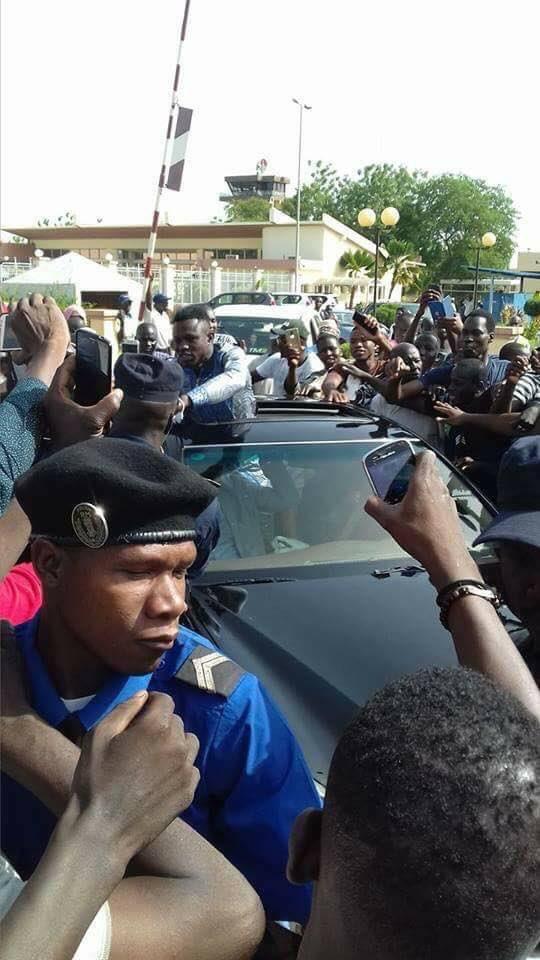 Photos - Mamadou Gassama accueilli en héros au Mali