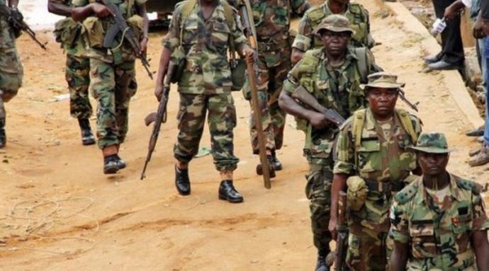 Ministère de la Défense camerounaise : Vers une interdiction des réseaux sociaux aux militaires !