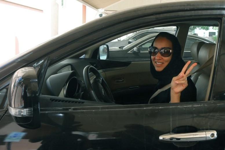 VIDÉO - Officiel !!! Les femmes saoudiennes ont le droit de conduire