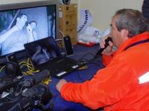 Première vidéoconférence entre les mineurs chiliens et leurs proches
