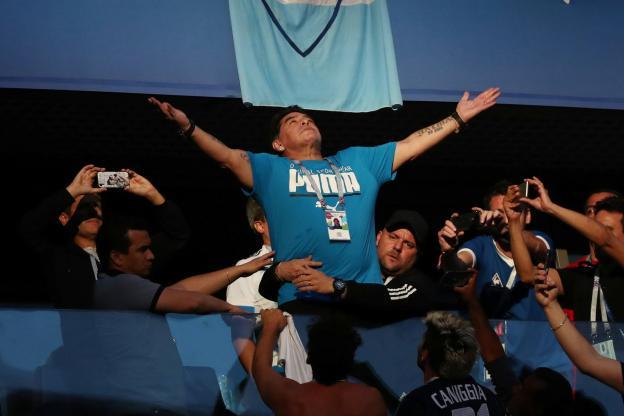 Maradona donne de ses nouvelles après son malaise