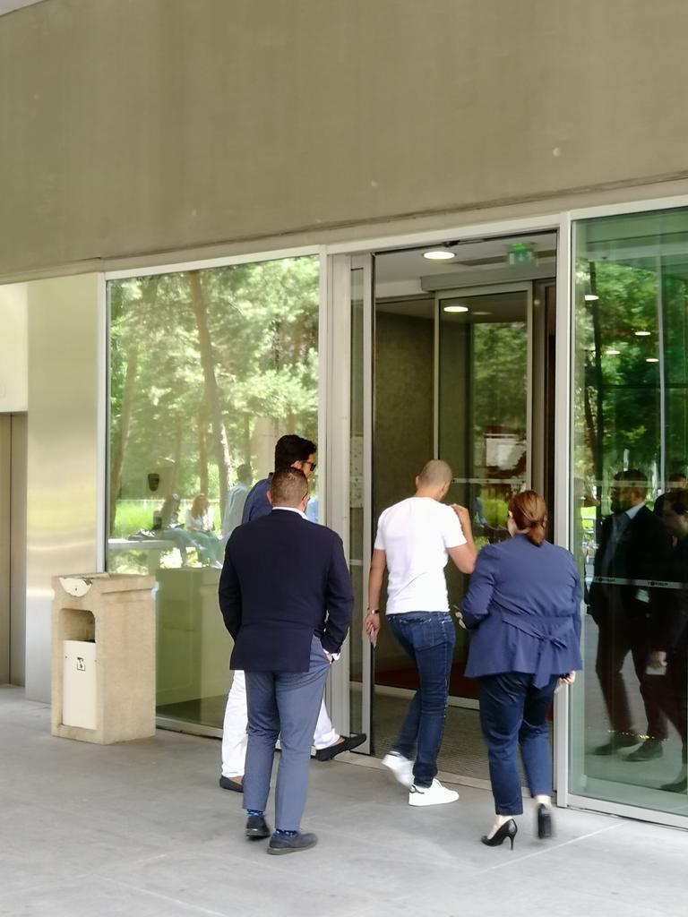 Photos - L'arrivée de Buffon à Paris ce vendredi