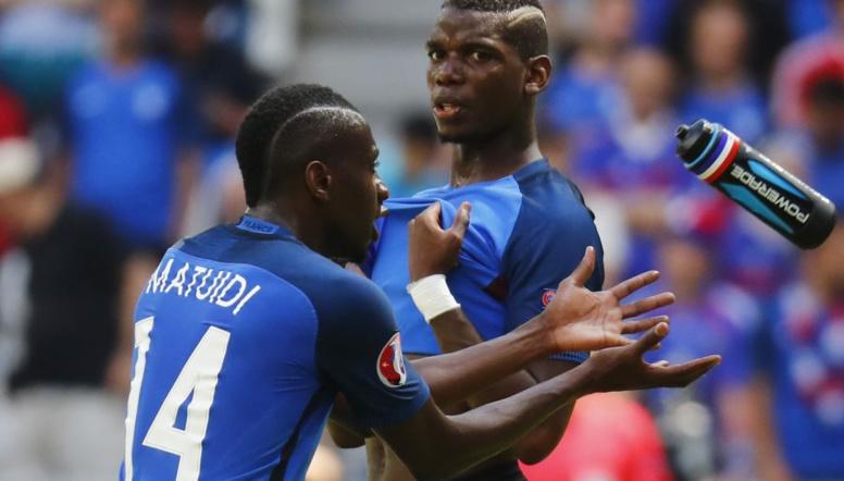 """Uruguay-France : ces """"Bleus"""" sous la menace d'une suspension"""