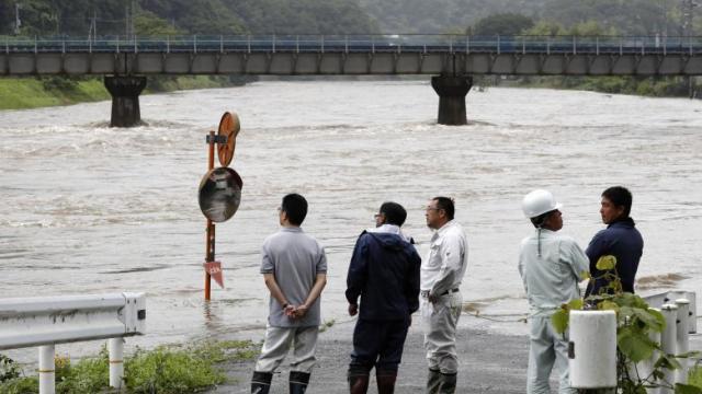 Vidéo - Des pluies torrentielles font des dizaines de morts au Japon