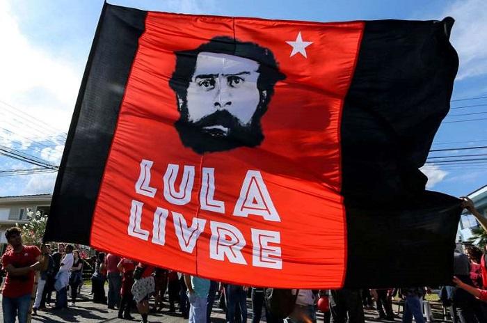 Brésil : Lula restera finalement en prison