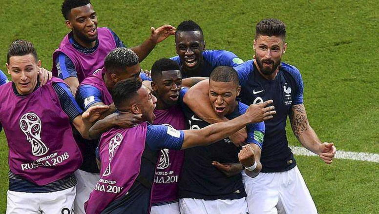 """#CM2018-1/2 finale: la France, """"6ème pays africain"""" contre la """"Belgique congolaise"""""""