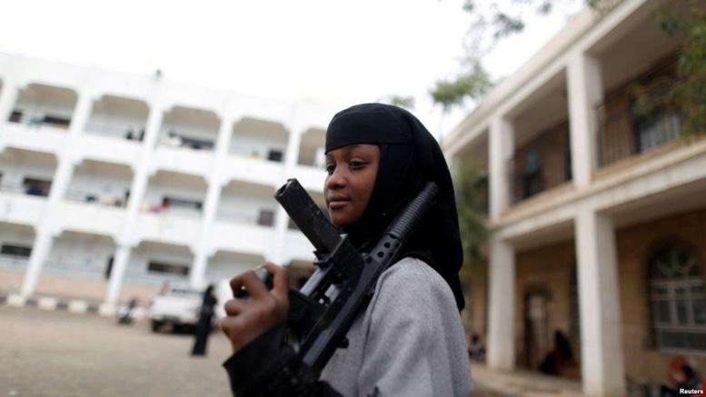 Plus de 800 enfants soldats recrutés au Yémen en 2017