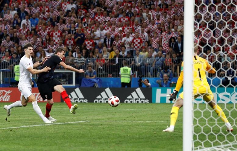 #CROENG : Mandzukic met un pied de la Croatie en finale (2-1)