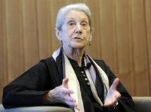 Nadine Gordimer prix Nobel de littérature, une des voix contre le projet de tribunal des médias, le 01 septembre 2009 AFP/BERTHOLD STADLER