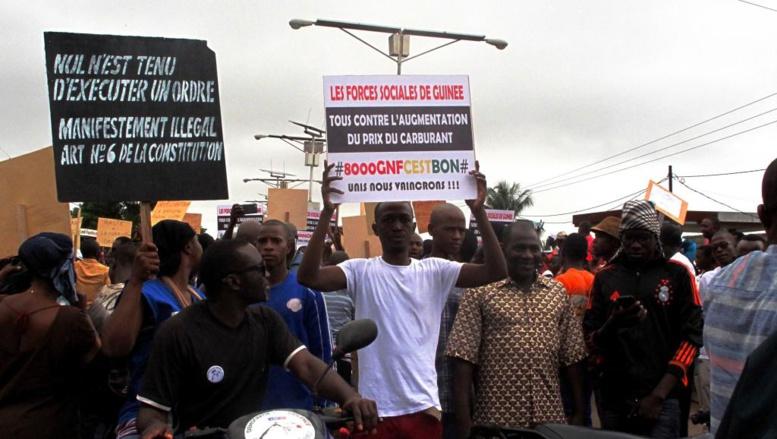 La répression d'une manifestation à Conakry provoque la colère des syndicats