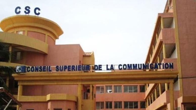 Au Burkina Faso, la mise en place de la nouvelle équipe dirigeante du Conseil supérieur de la communication fait débat.