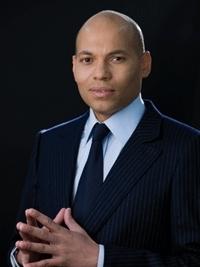 Karim Wade renvoie la fin des délestages en 2014