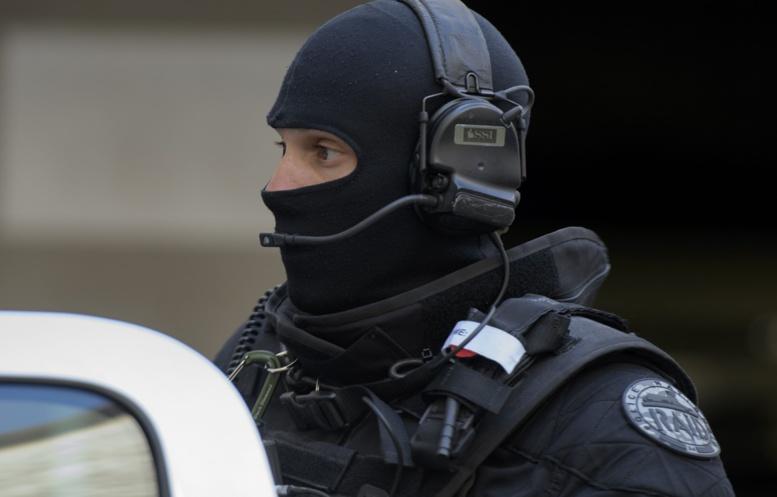 Trappes: Deux morts et au moins deux blessés dans une attaque au couteau, Daesh revendique l'attaque