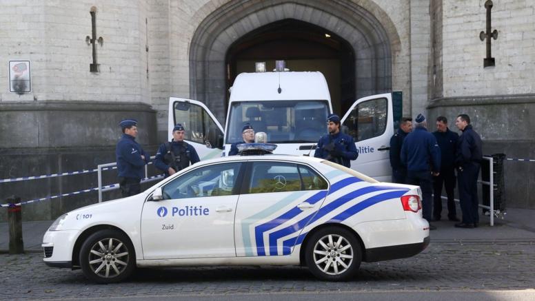 Migrants : 10 passeurs arrêtés en Belgique