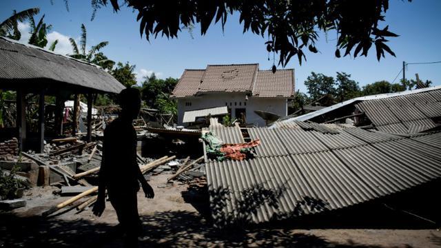 Indonésie : le bilan des séismes atteint 555 morts