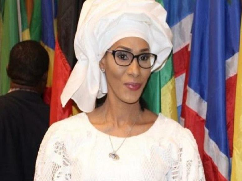 La femme d'Adama Barrow au coeur d'un scandale financier