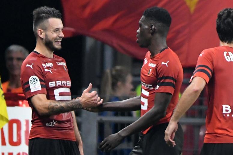 Ismaila Sarr permet à Rennes de mener 2-0 avec un but et un penalty provoqué
