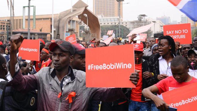  Bobi Wine libéré sous caution