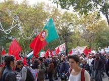 Crise économique, sommet de l'Otan : les Portugais dans la rue