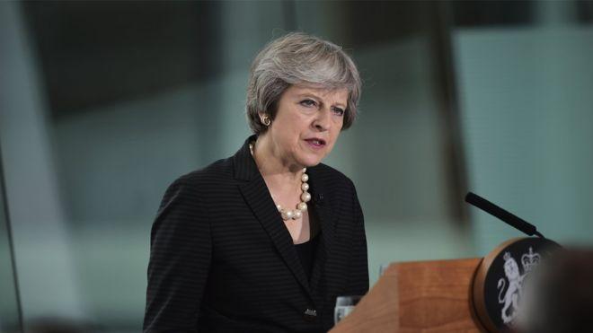 Theresa May en Afrique