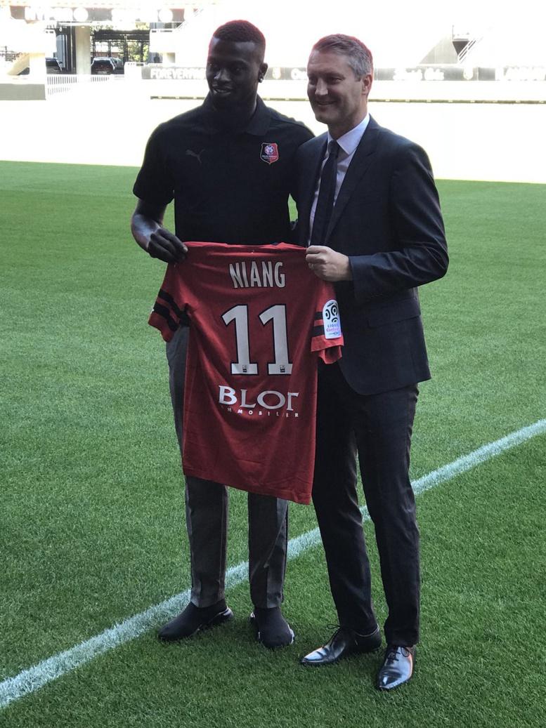 Rennes : le numéro de Mbaye Niang dévoilé