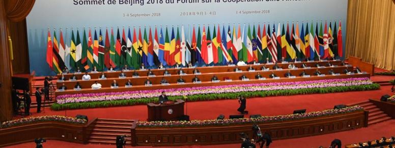 """La Chine promet 60 milliards de dollars d'aide """"sans conditions"""" à l'Afrique"""